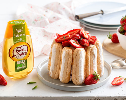 Charlotte aux fraises et miel d'acacia Lune de Miel®